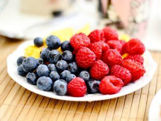 jak se zbavit octomilek z ovoce